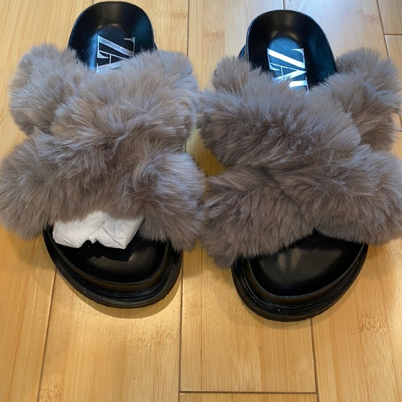 Gray Zara fluffy sandals worn one time